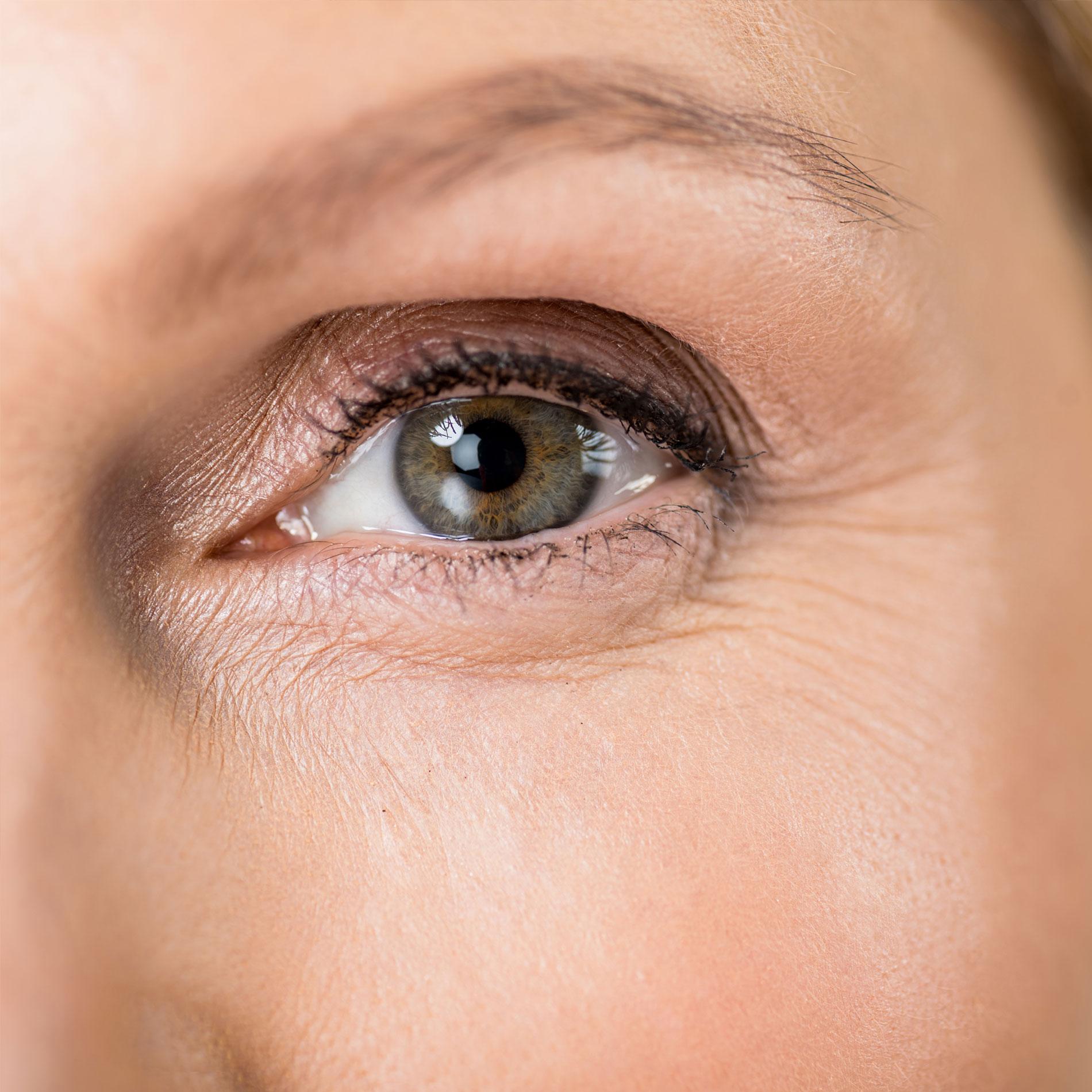 face procdure page eyelid lift